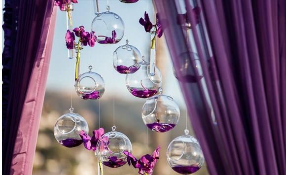 suspension boules verres fleurs mariage