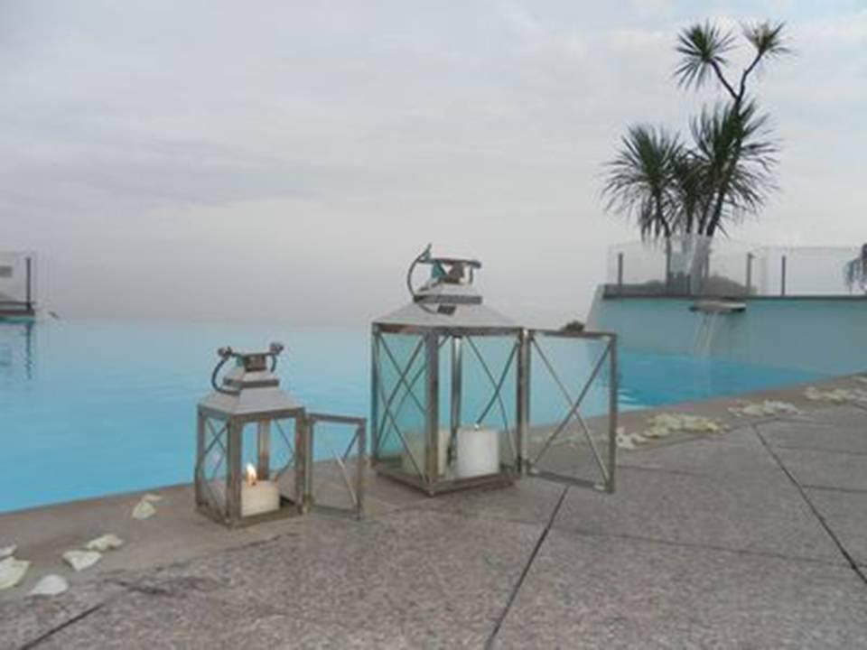 décoration terrasse mariage piscine