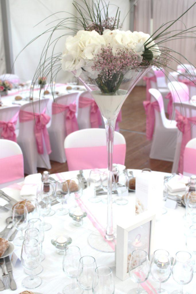 Décoration salle rose blanc
