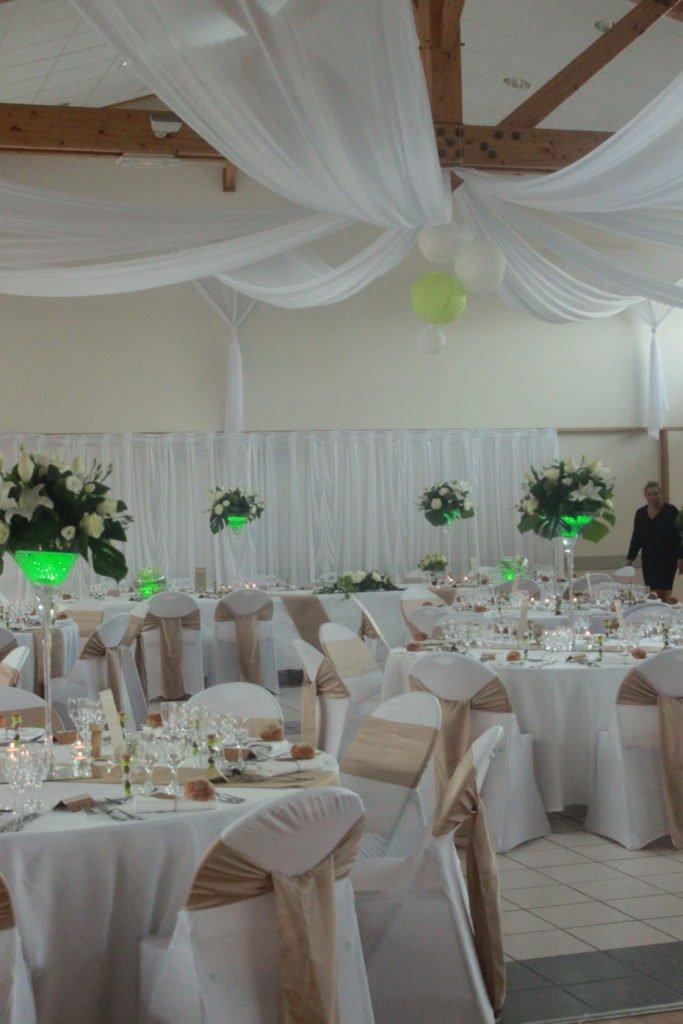 drapés blanc plafond mariage